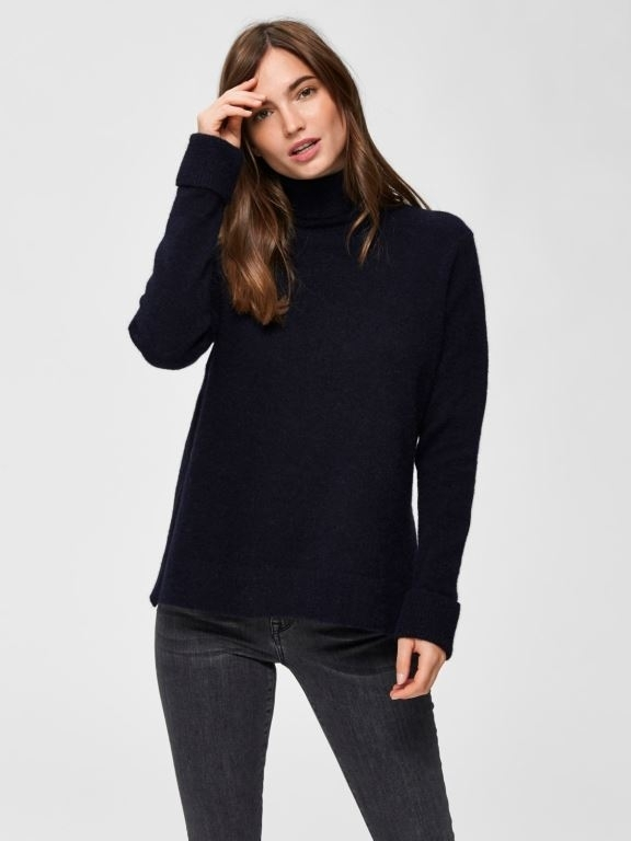 Laura Knit Rollneck