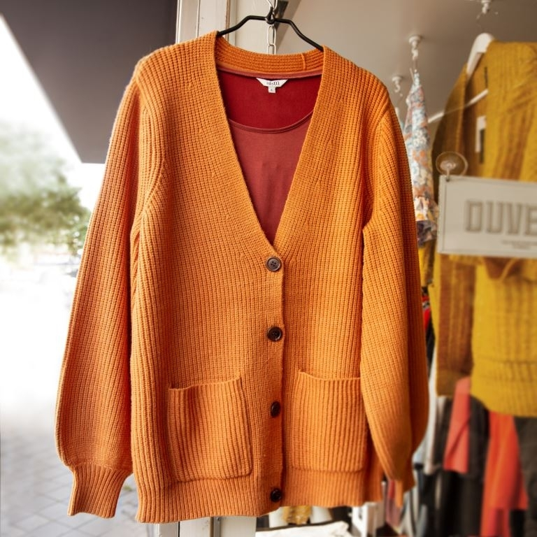 Sophie Cardigan knit