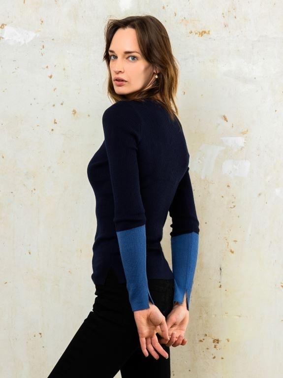 divya blouse knit