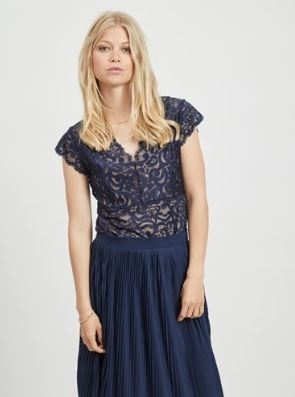Vitaini Lace Top