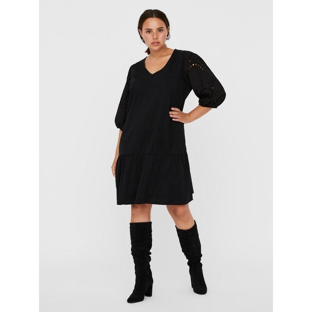 Allarias Dress