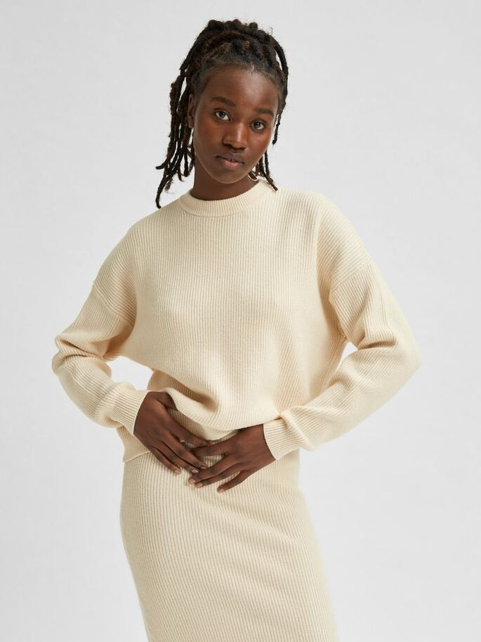 Alona LS Knit O-neck